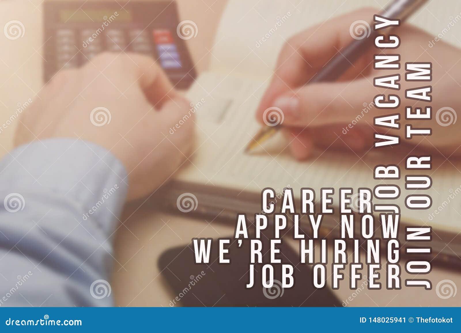 Rekryterare som annonserar f?r jobbvakans som s?ker kandidater f?r att hyra f?r aff?rstillf?llen