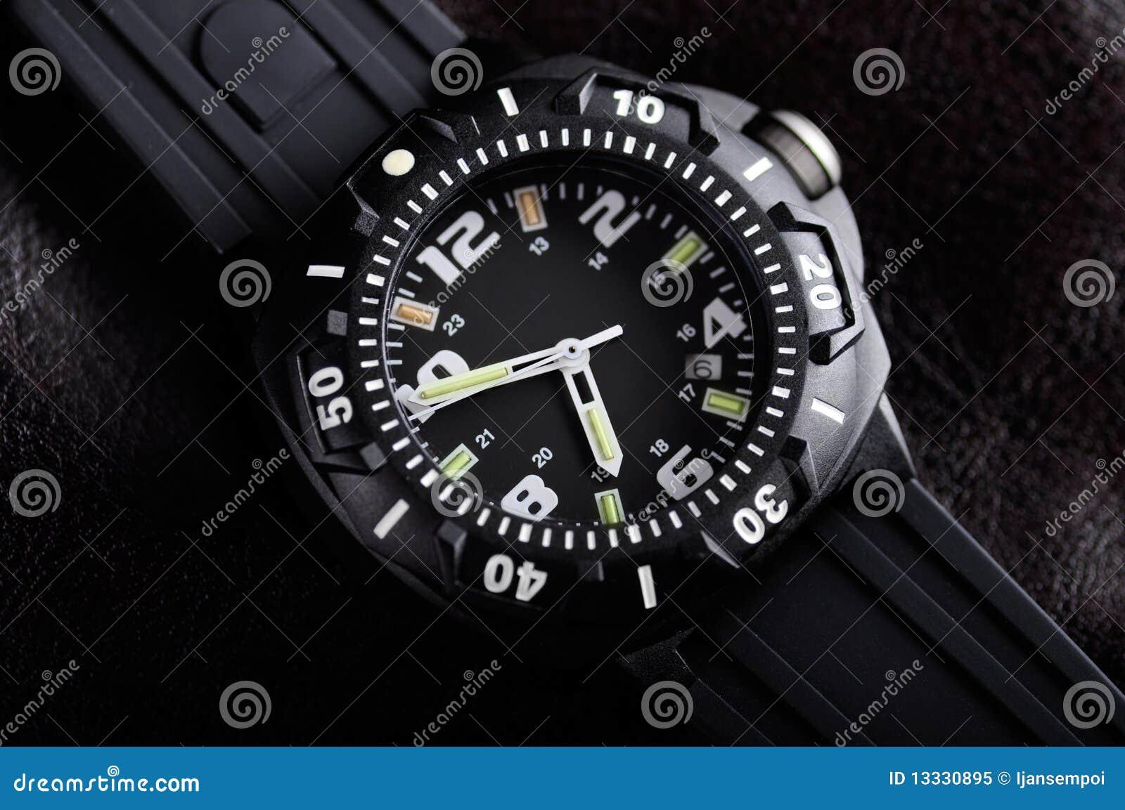 Relógio de pulso resistente