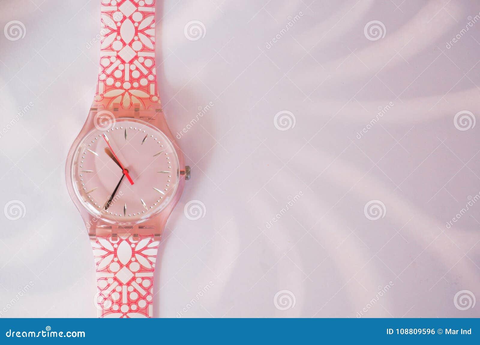 Relógio mindinho