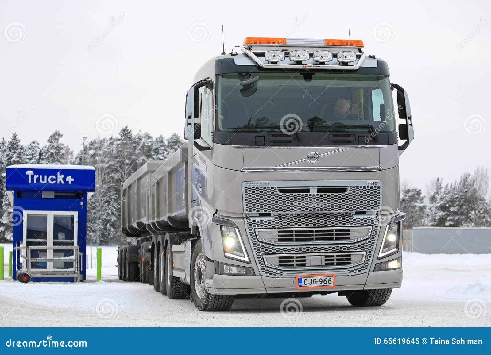Relais routiers de combinaison de Volvo FH16 650 pour le réapprovisionnement en combustible