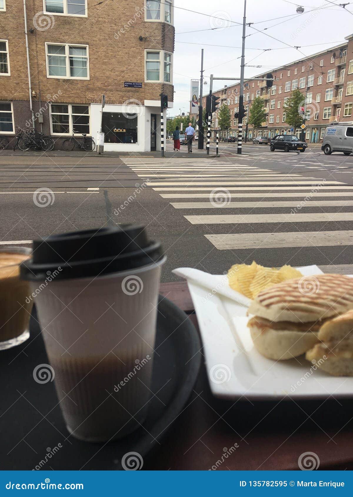 Relaksować na Amsterdam mieście