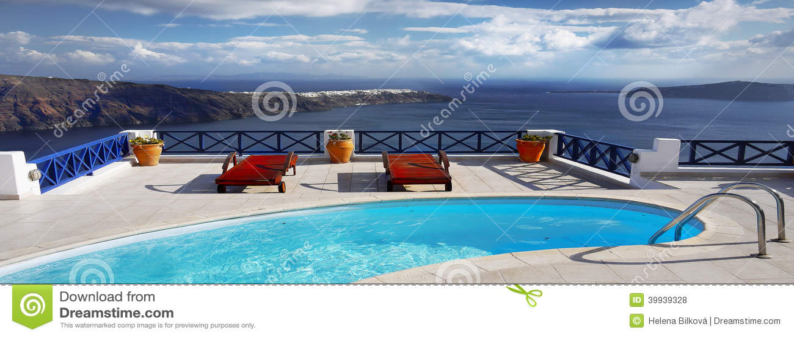 Relaxation de piscine de station thermale d en-tête