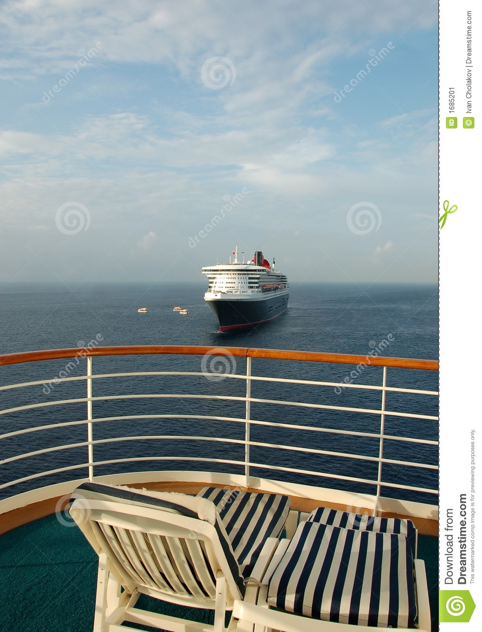 Relaxing cruise vacation