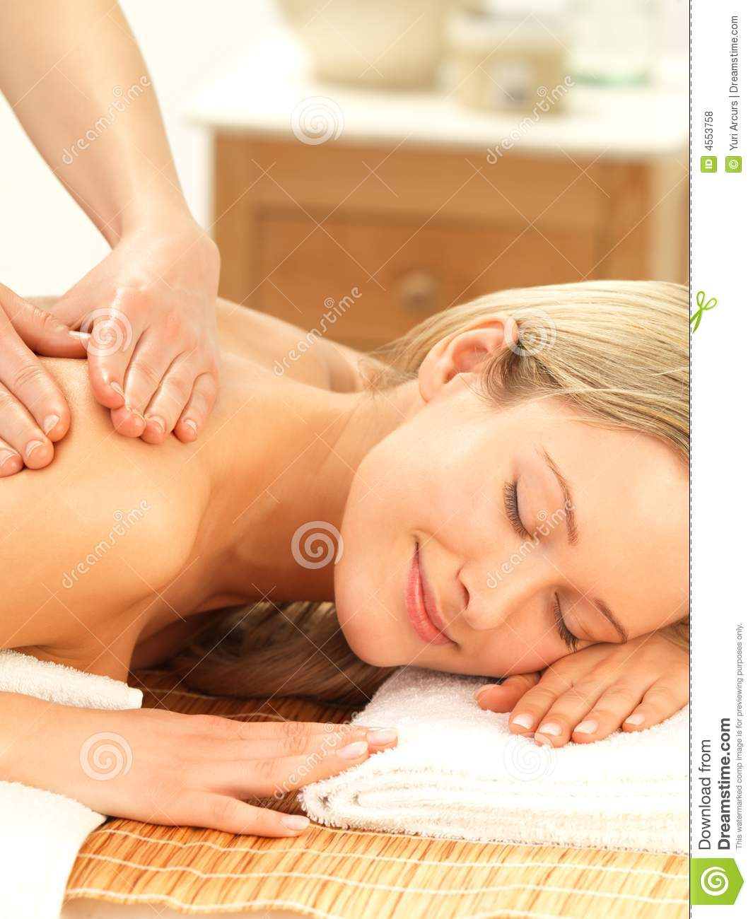 relaxing nude massage foreign affairs