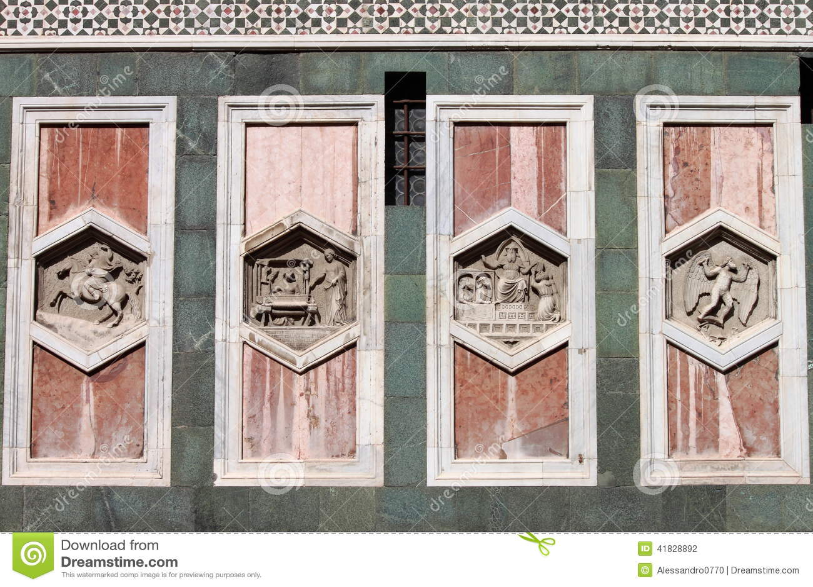 Relevos no Campanile de Giotto de Florença