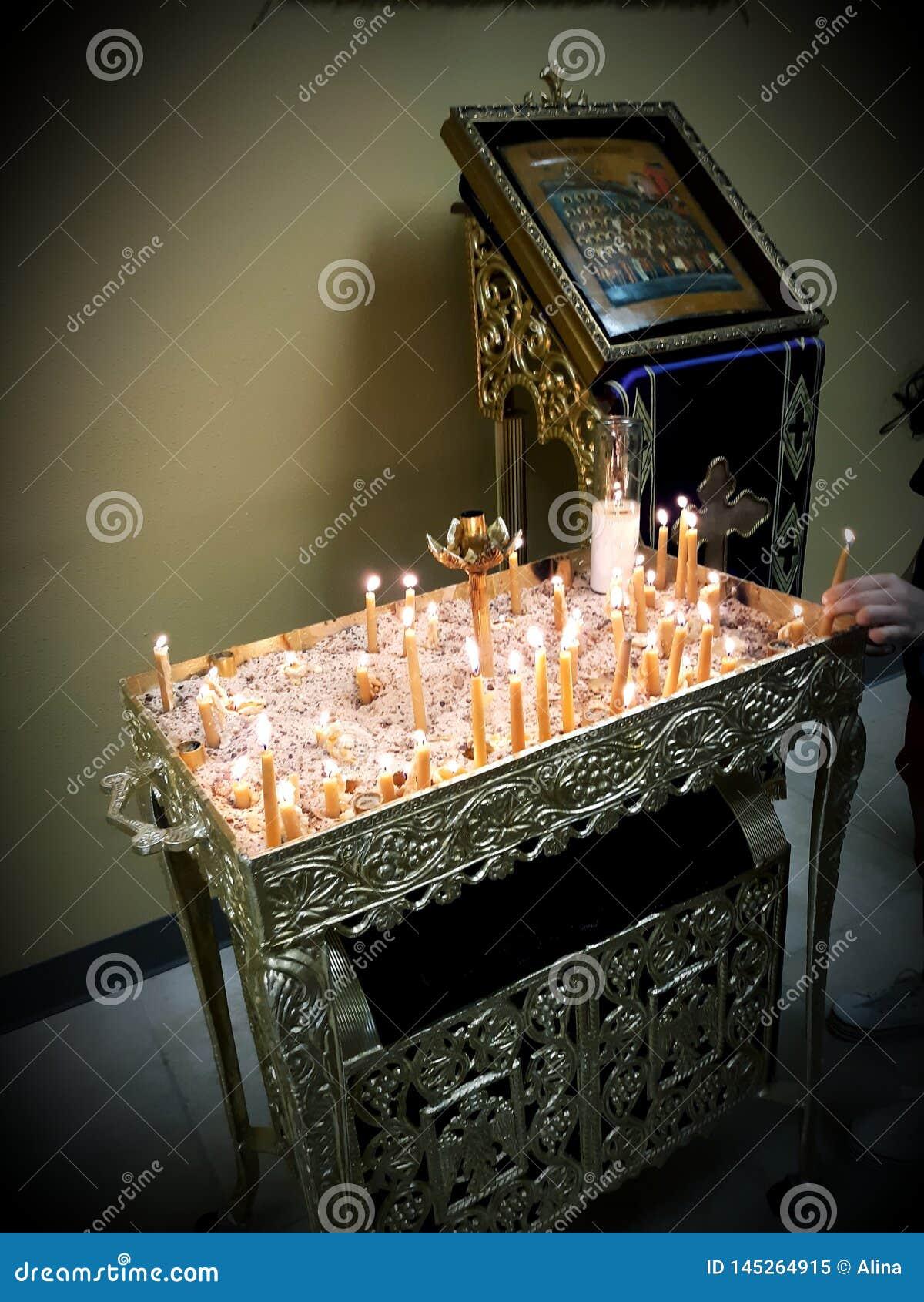 Religión ortodoxa de Cristo de los mártires de la Virgen María de los theotokos de las velas de los iconos de la iglesia crist