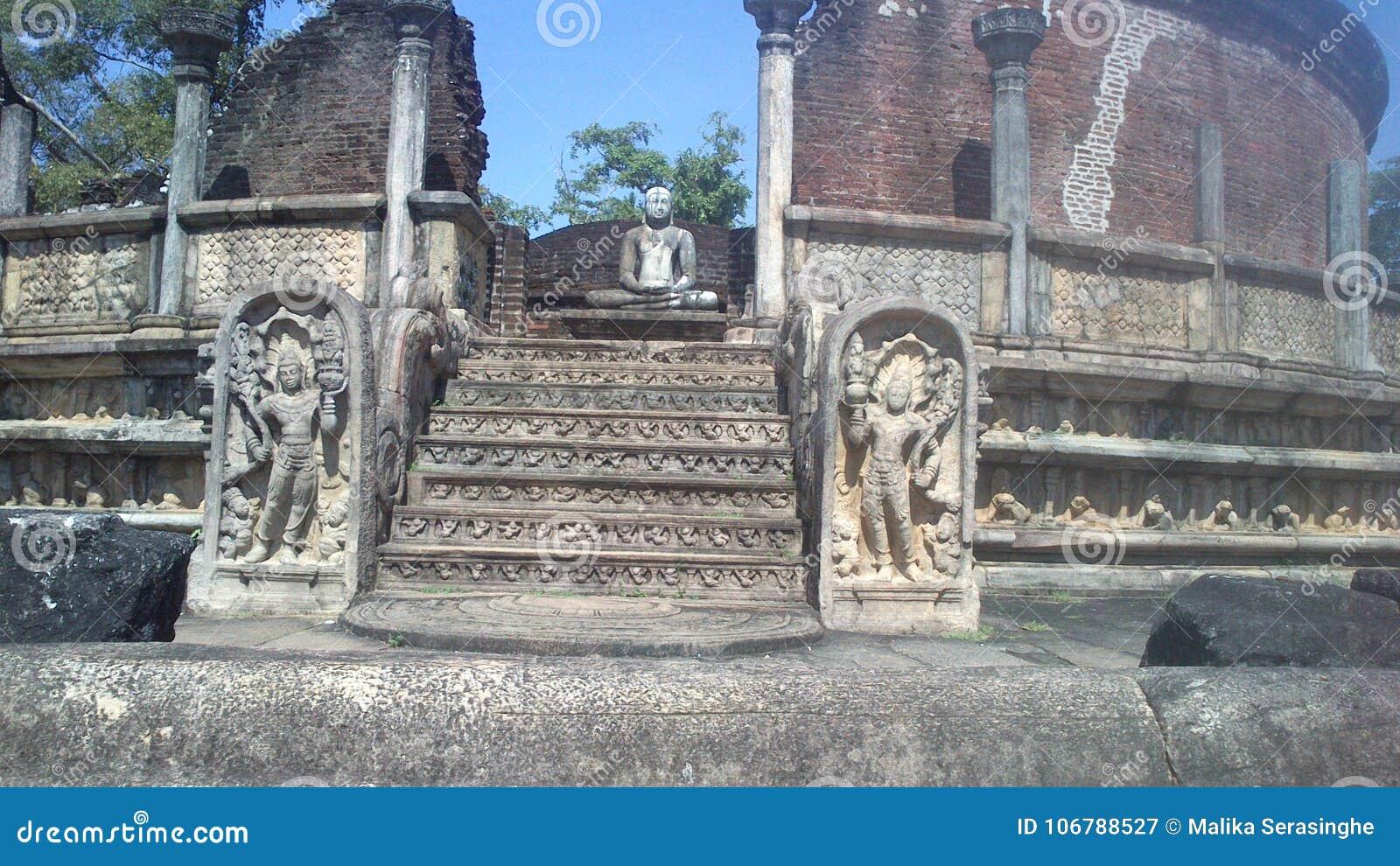 Religijna Budhism wizyta Anuradhapura Srilanka