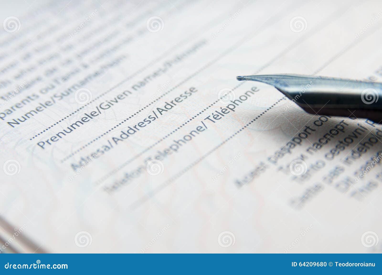 Relleno del formulario de la identificación