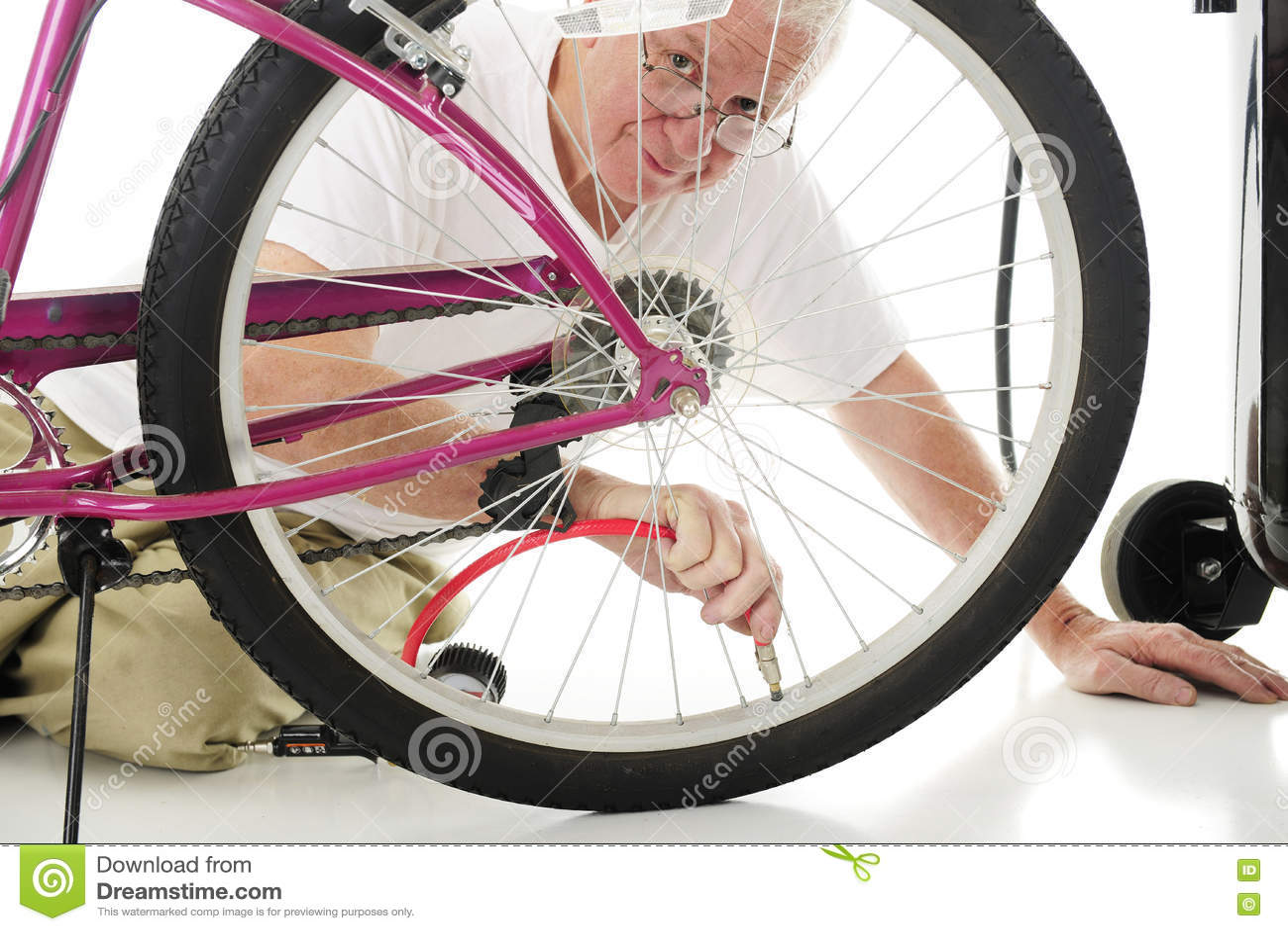 Relleno del neumático de la bici