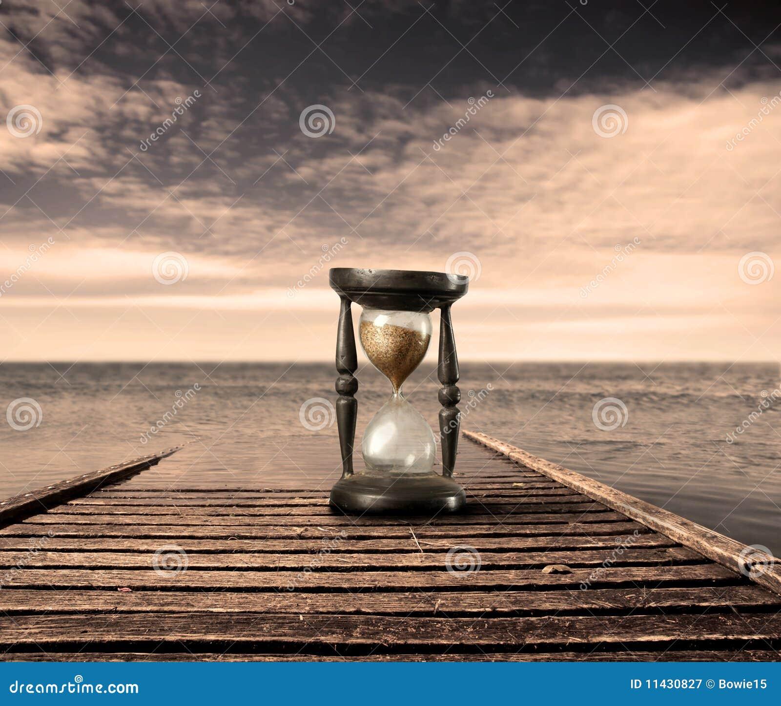 Reloj de arena fotograf a de archivo libre de regal as for Fotos de reloj de arena