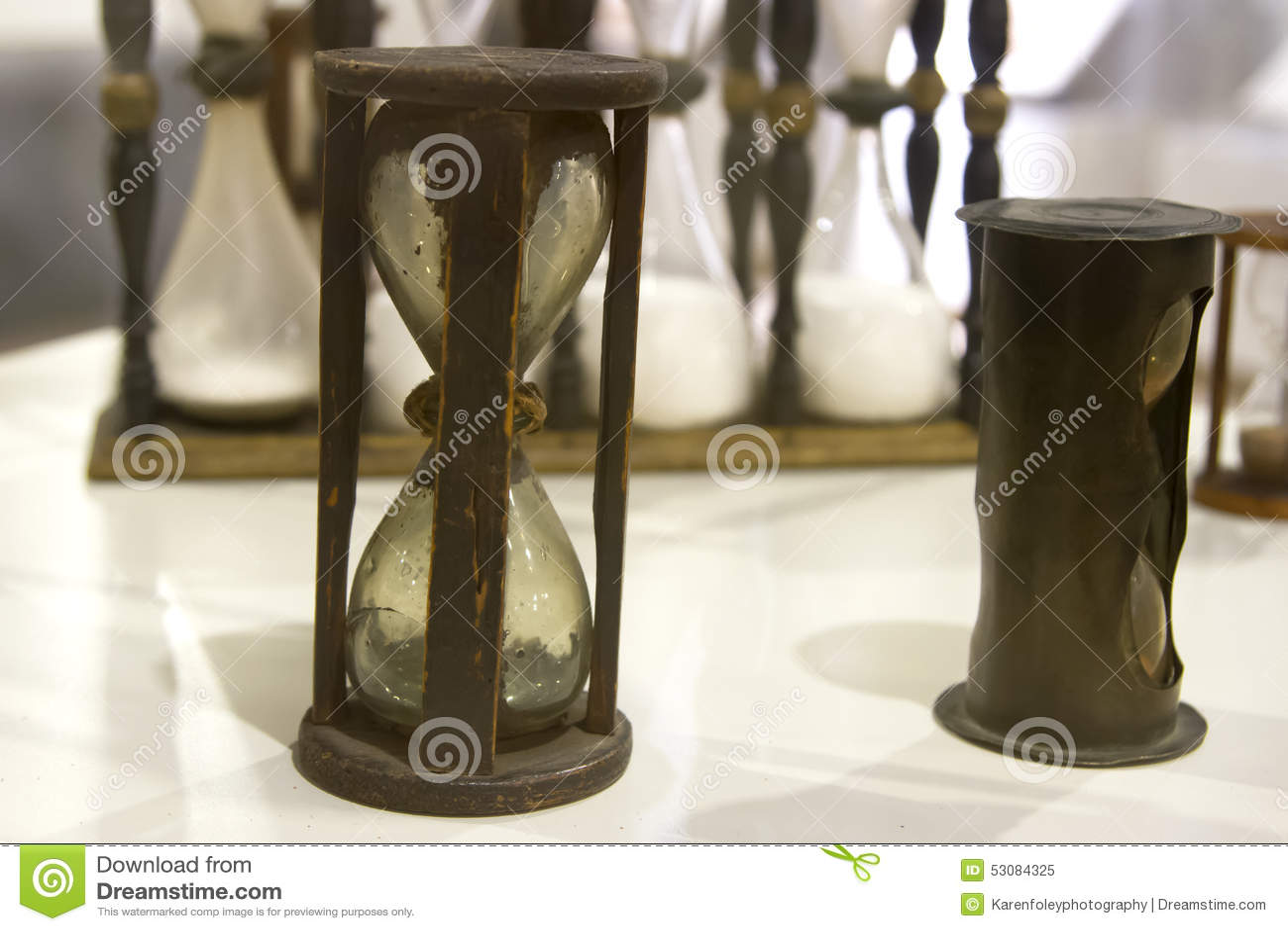 Reloj De Arena Antiguo Imagen De Archivo Imagen De Wooden 53084325