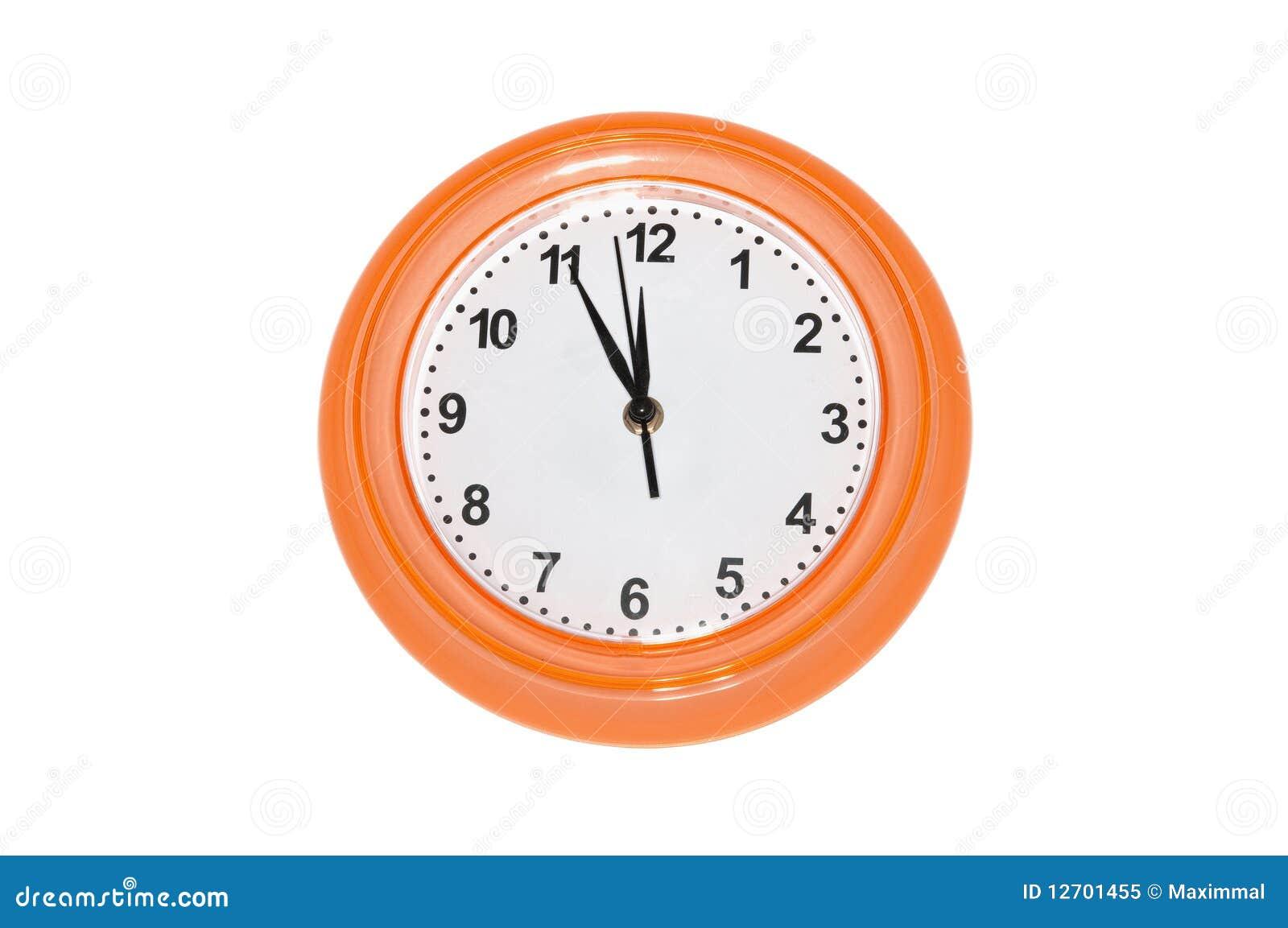 Reloj de pared anaranjado