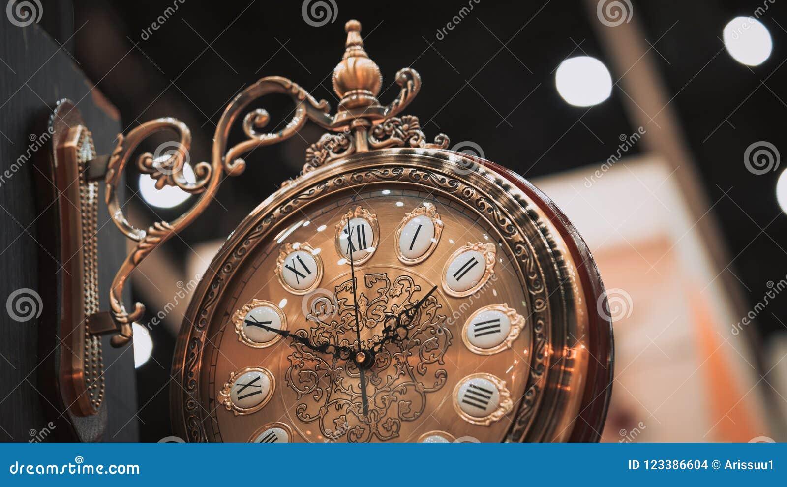 Reloj de pared decorativo colgante del vintage