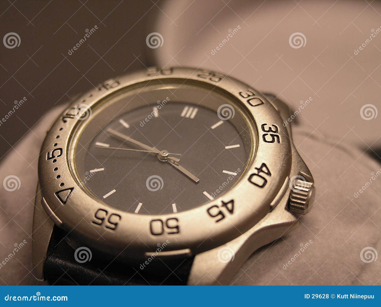 Download Reloj falso foto de archivo. Imagen de reloj, tiempo, promoción - 29628
