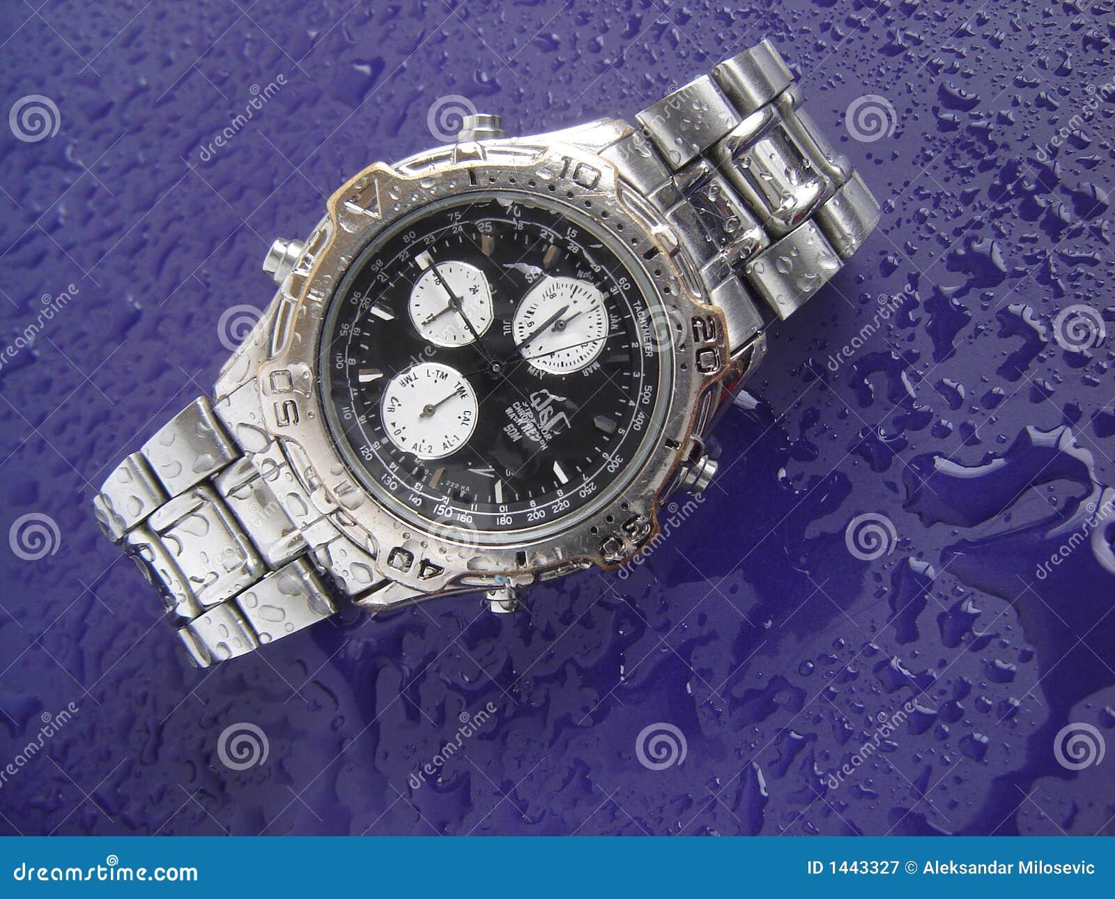 Reloj resistente de agua