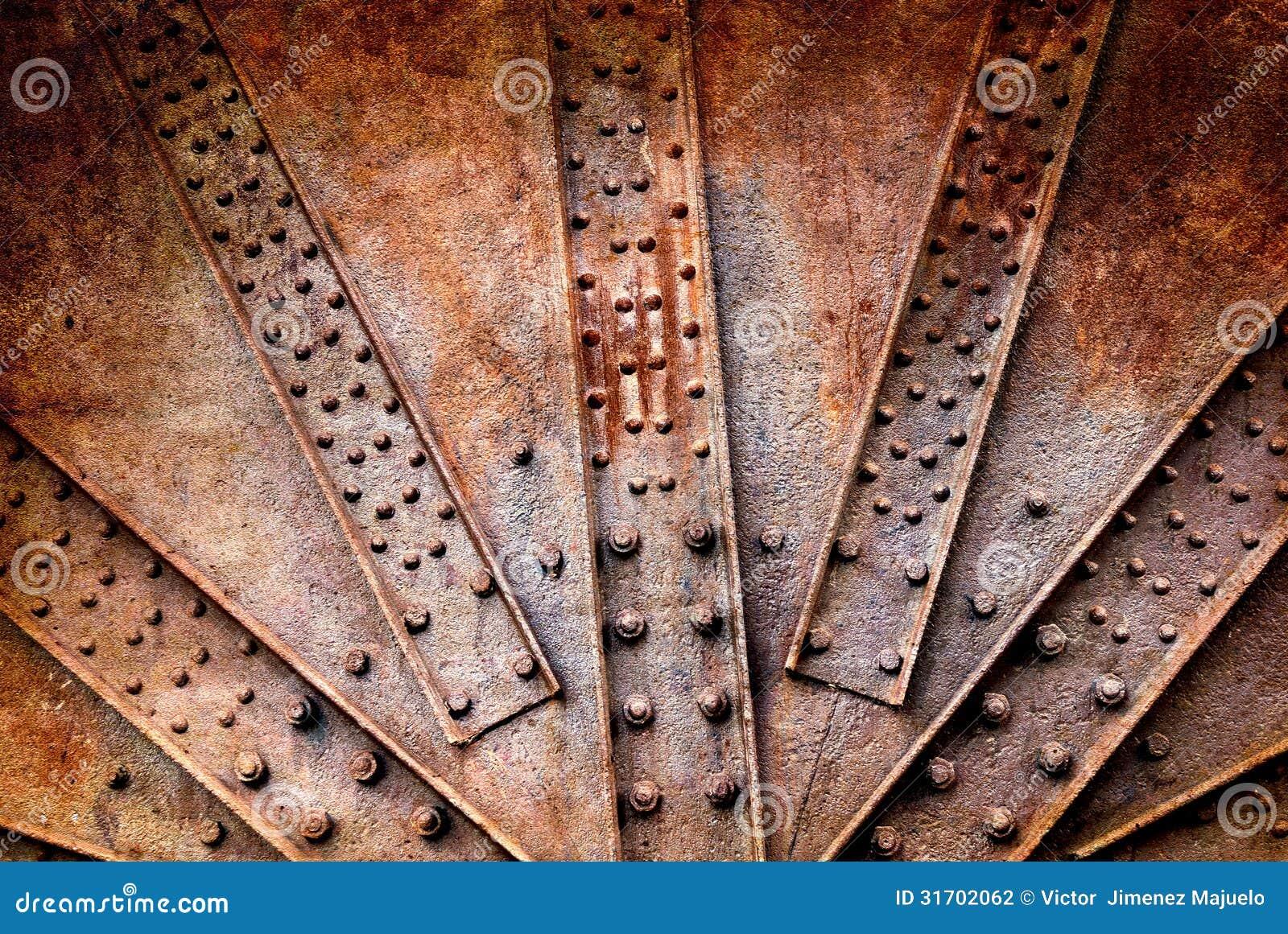 Remaches y tornillo en los metales oxidados fotograf a de for Remaches de hierro
