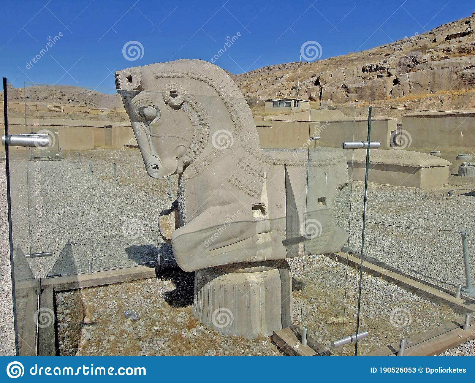 Remains Of Ancient Capital Of Persian Column In Form Of Head Of Bull Persepolis Iran Editorial Stock Photo Image Of Architecture Decoration 190526053