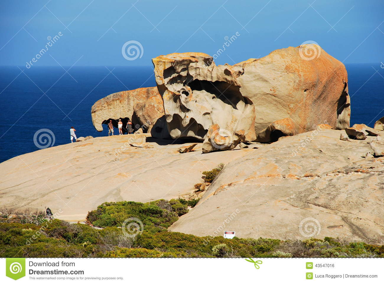 Remarkable rocks flinders chase national park kangaroo for Landscaping rocks tasmania
