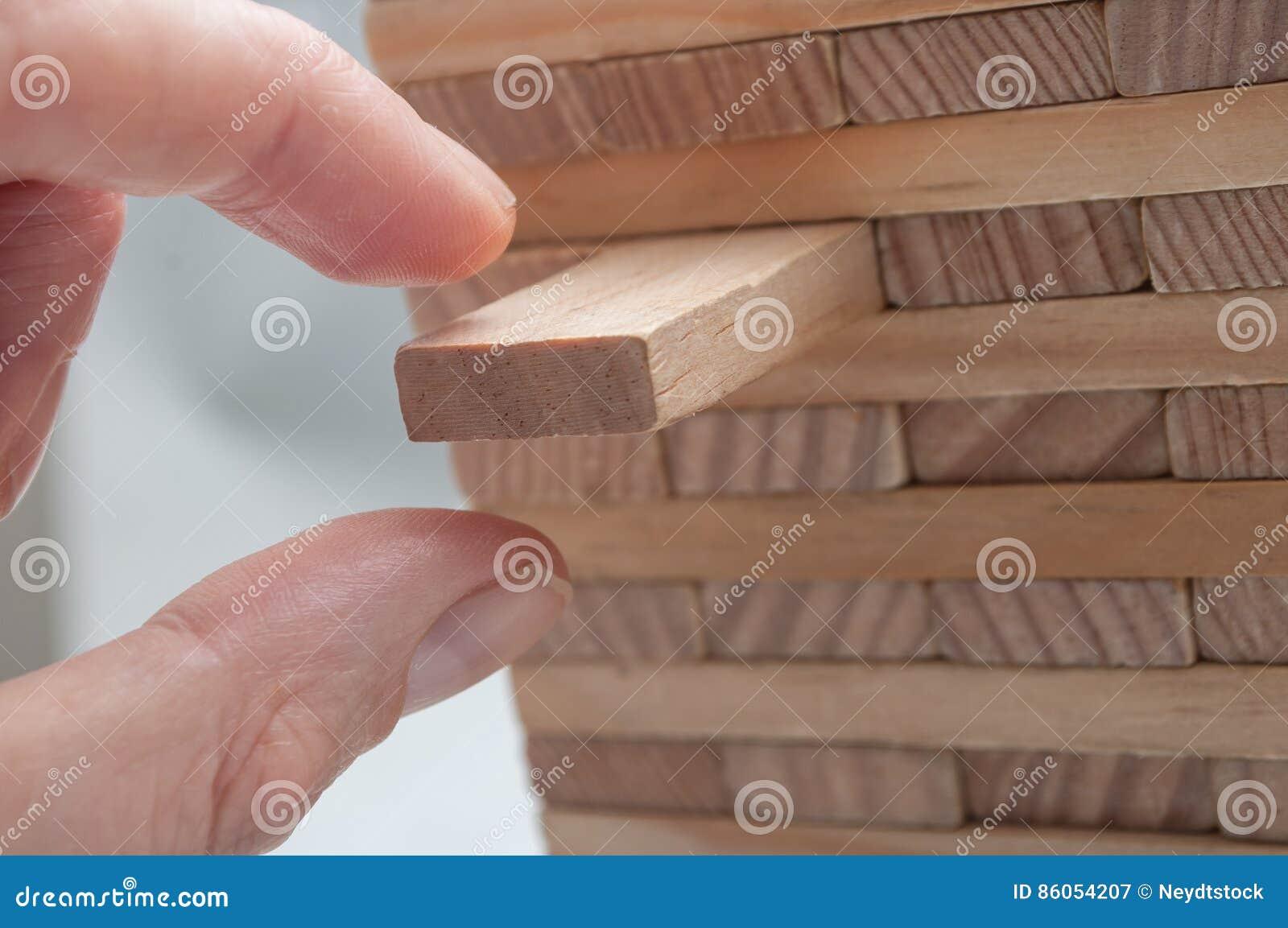 Brique de bois pour construction for Construction en brique de bois