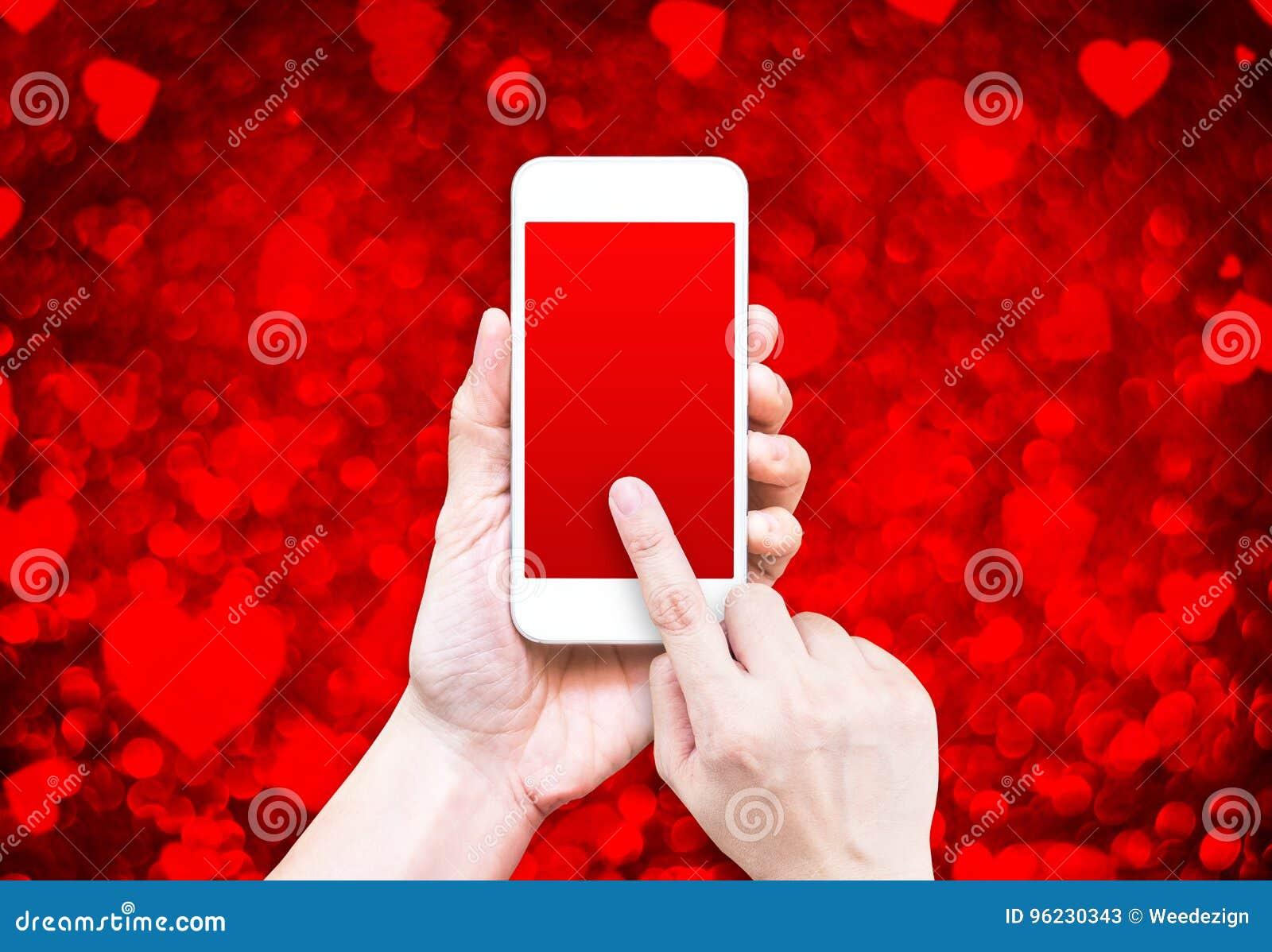 Remettez Tenir Le Telephone Intelligent Avec L Ecran Rouge