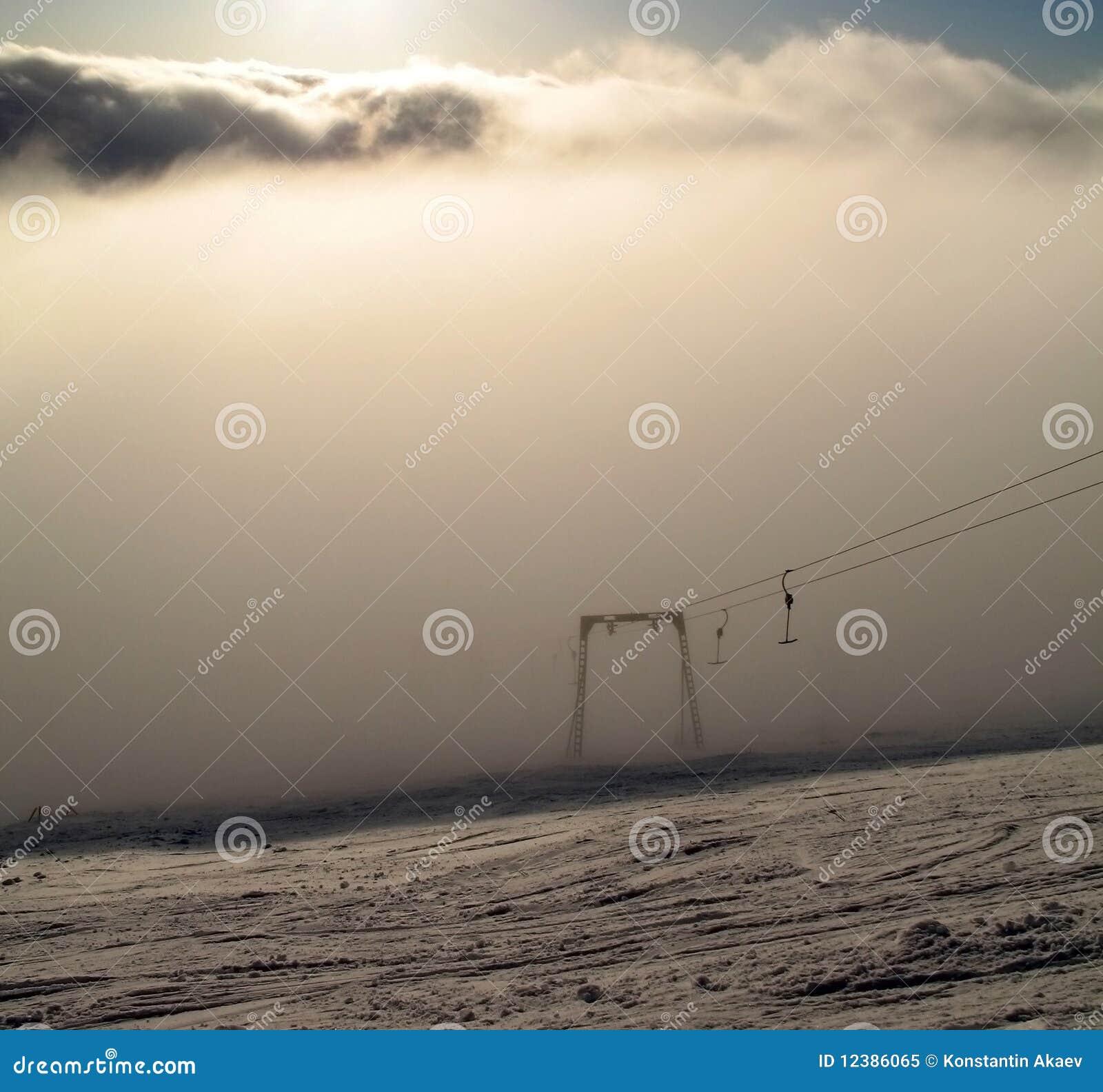 Remolque de cuerda en niebla