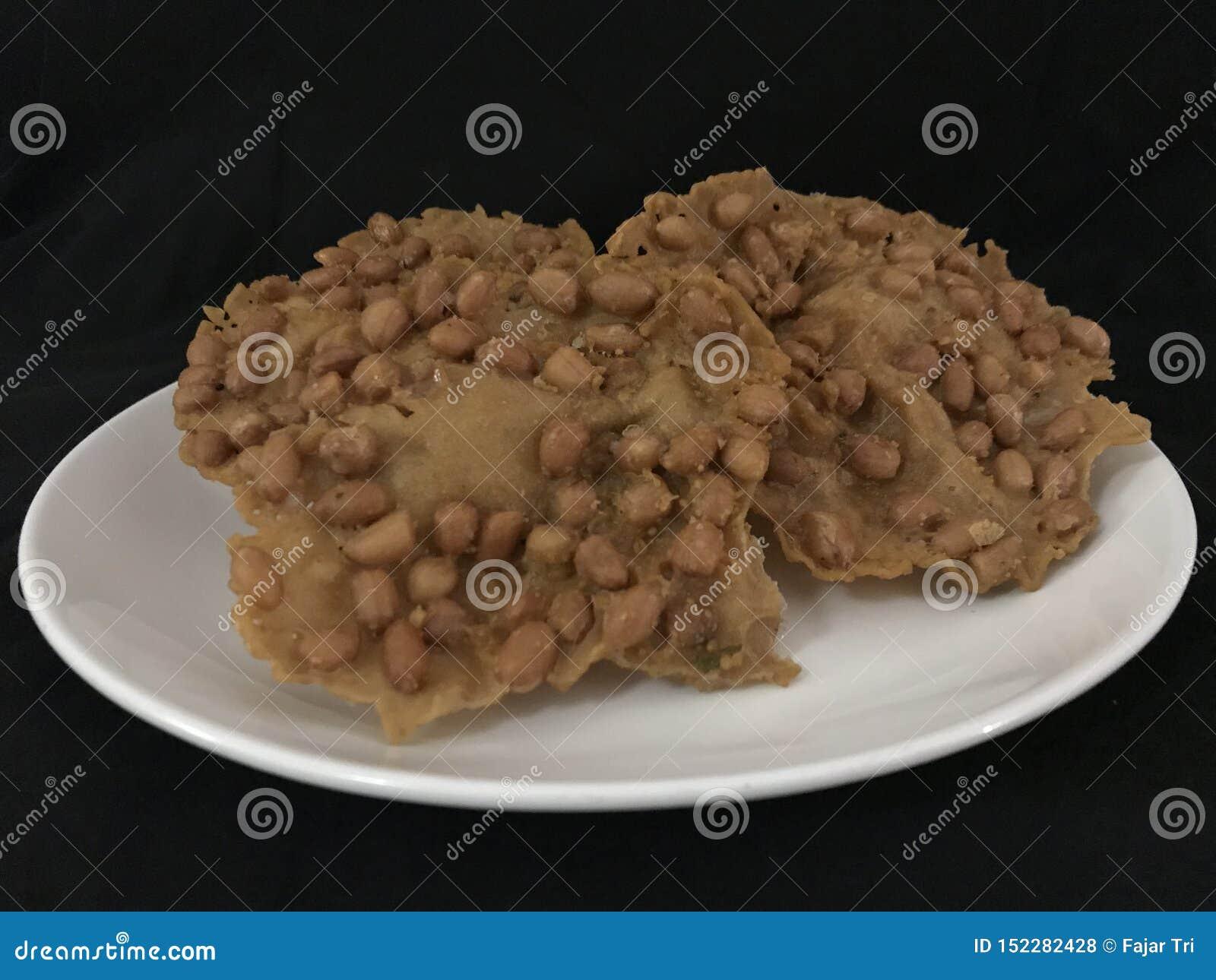 Rempeyek Kacang of Pinda scrackers