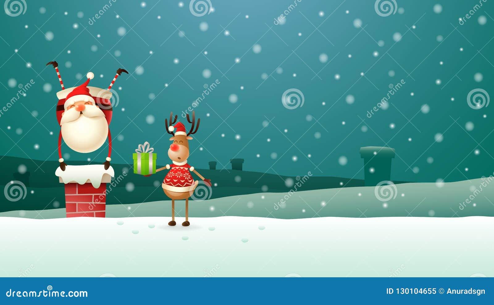 A rena ajuda Santa Claus colocou todos os presentes abaixo da chaminé no telhado - cenário da noite do inverno