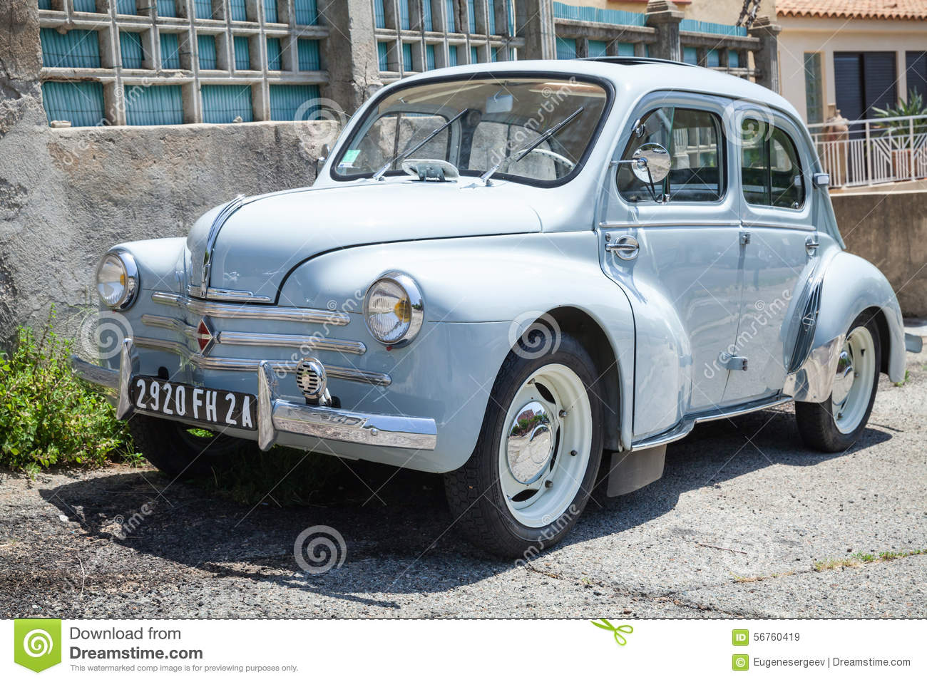 renault 4cv light blue old