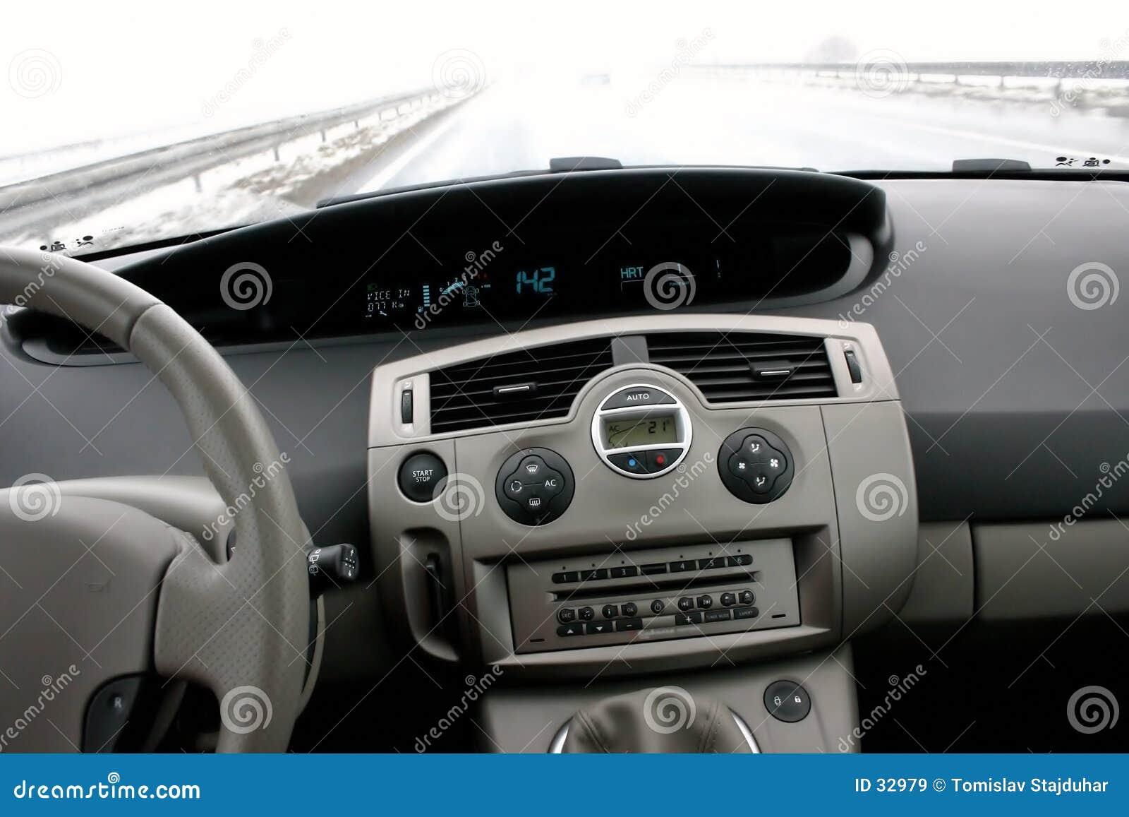 Download Renault II Escénico En La Carretera Imagen de archivo - Imagen de empuje, aprisa: 32979