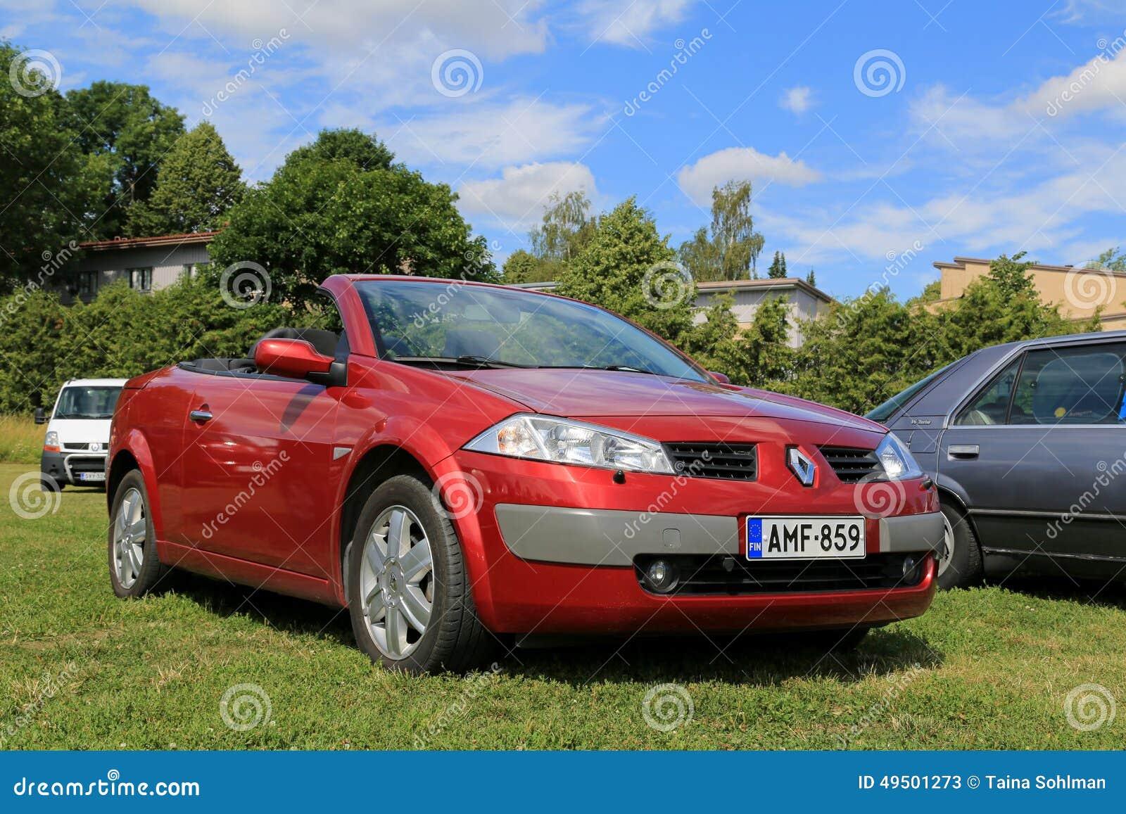 Renault Megane Cabriolet Car Vermelho No Verao Foto De Stock Editorial Imagem De Renault Verao 49501273