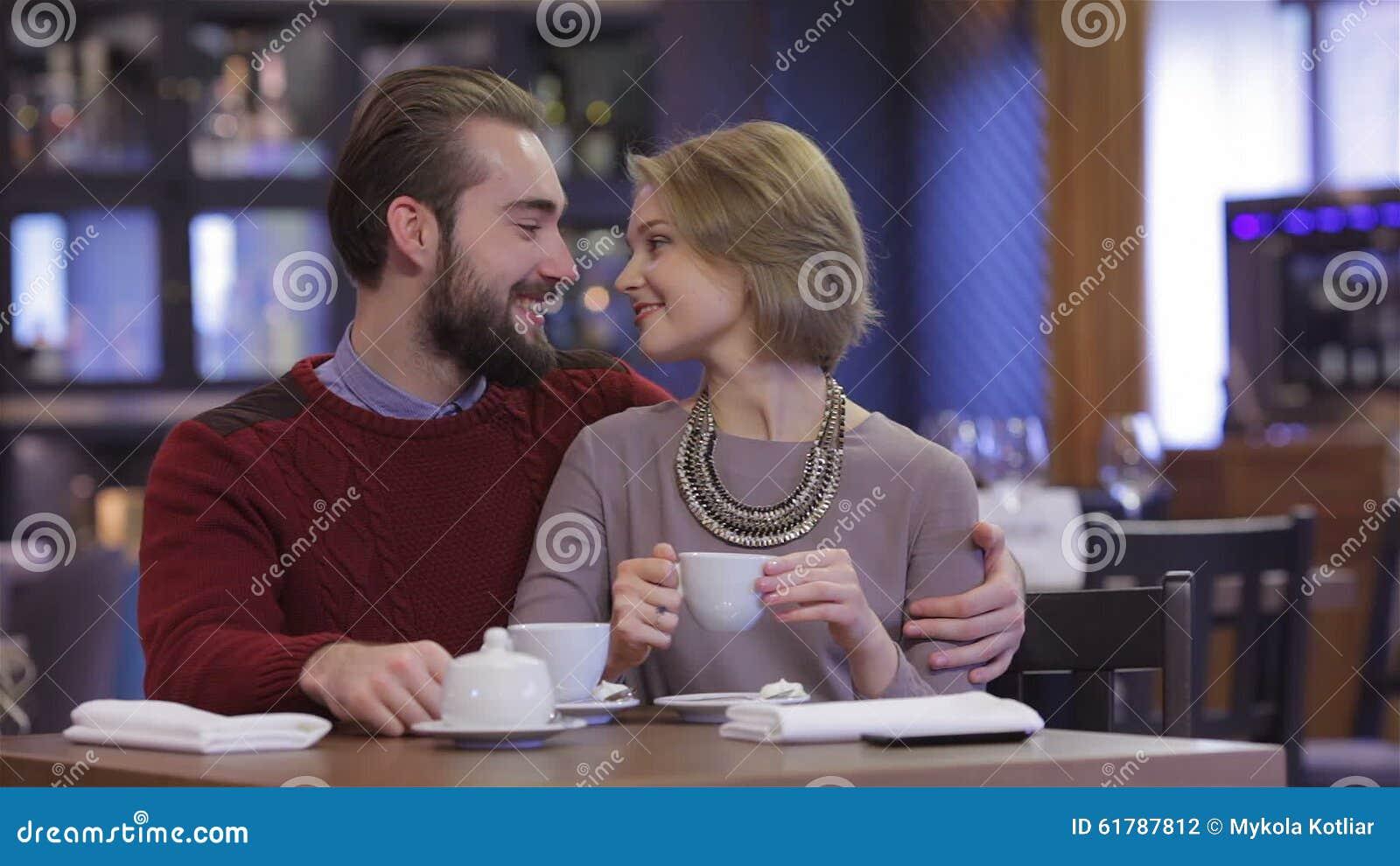 Rencontre au restaurant