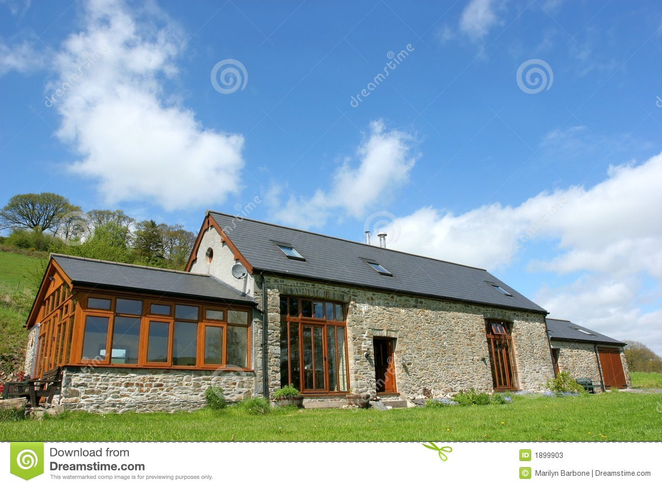 Renovated Barn Stock Image Image Of Garage Investment