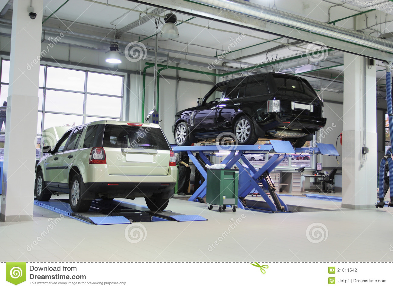 Repair garage stock photography image 21611542 for A1 car garage