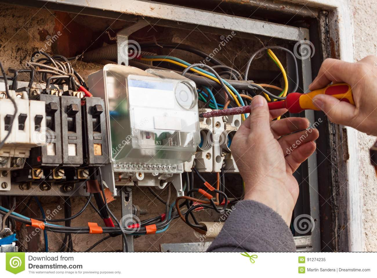 Maintenance Electrical Cable : Repair of old electrical switchgear an electrician