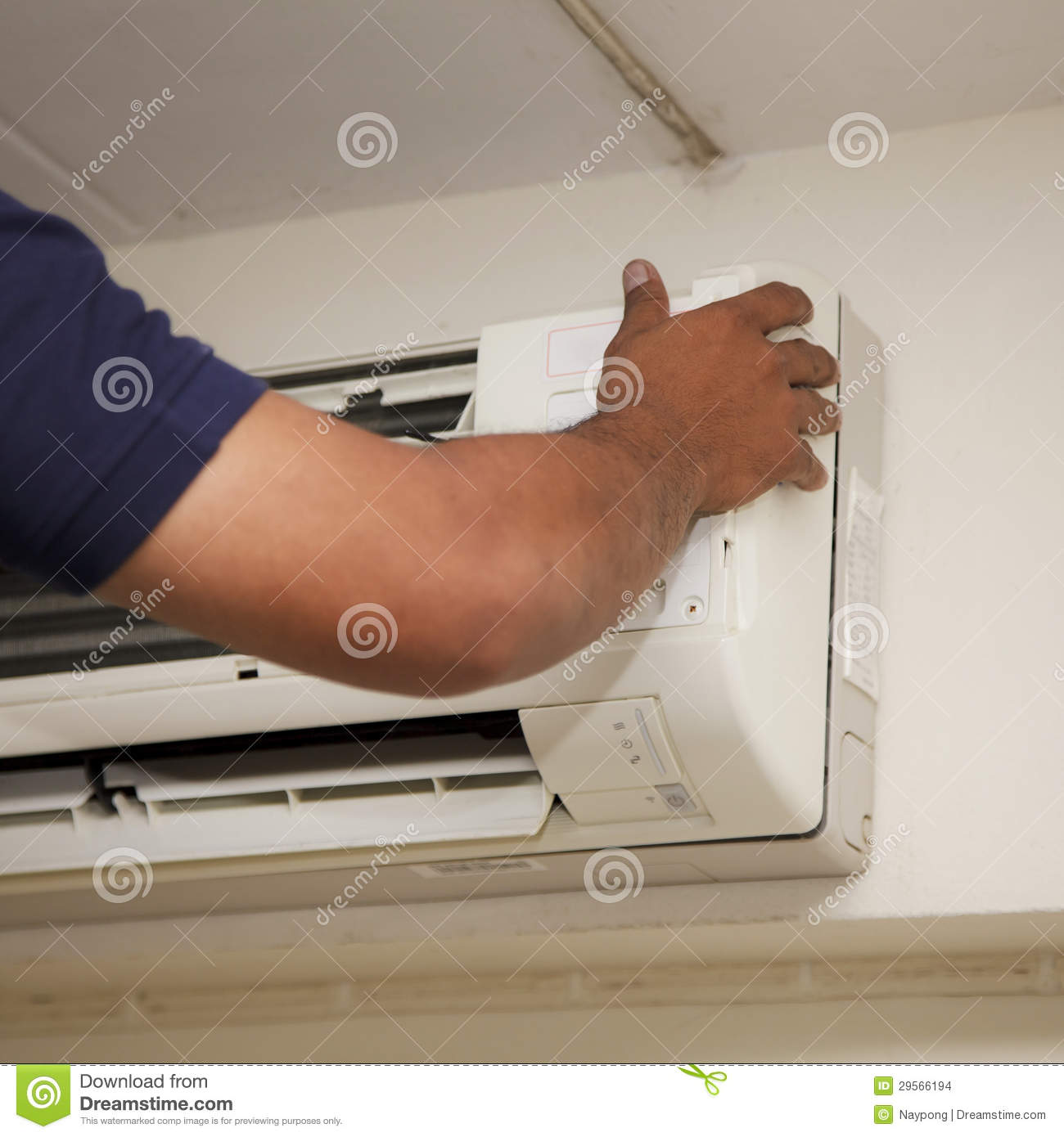 Repair Technicians Air Conditioner Stock Images Image: 29566194 #82A328