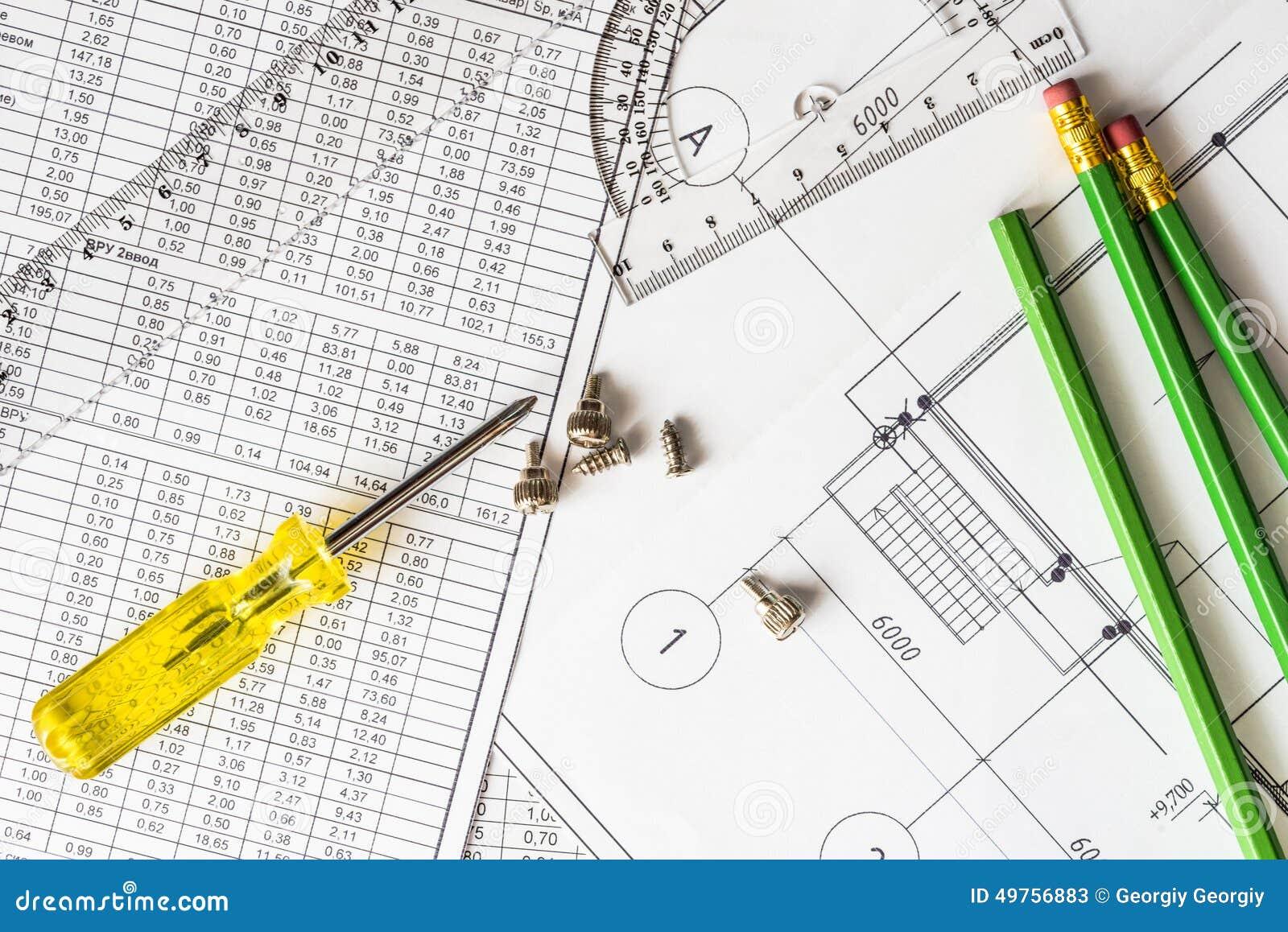 Repare comunicações, o esquema e as ferramentas para esboçar