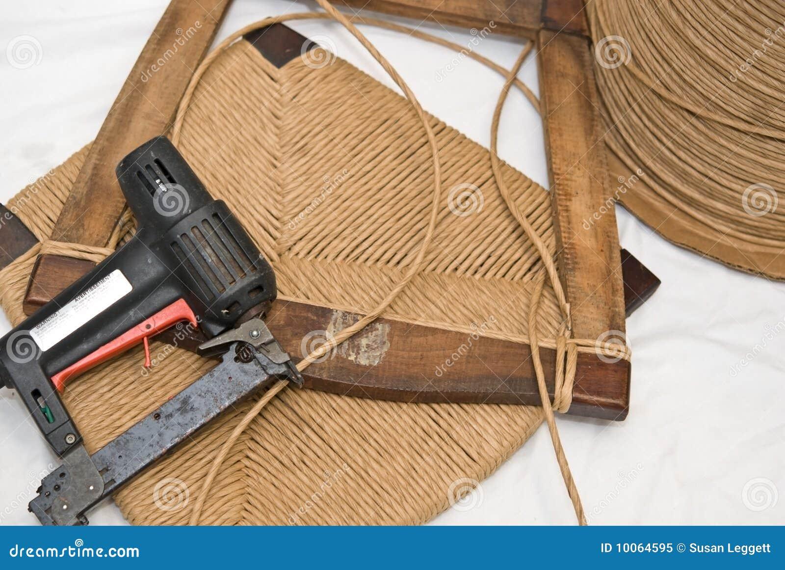Reparo da mobília/ofícios /Caning