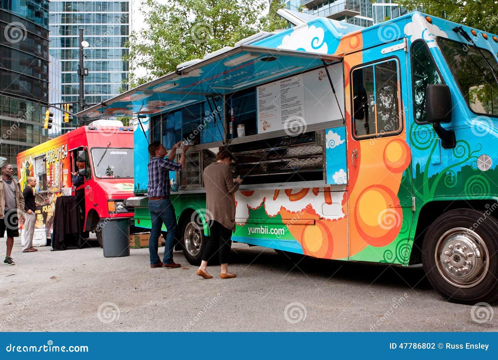 Repas d ordre de clients de camion coloré de nourriture d Atlanta