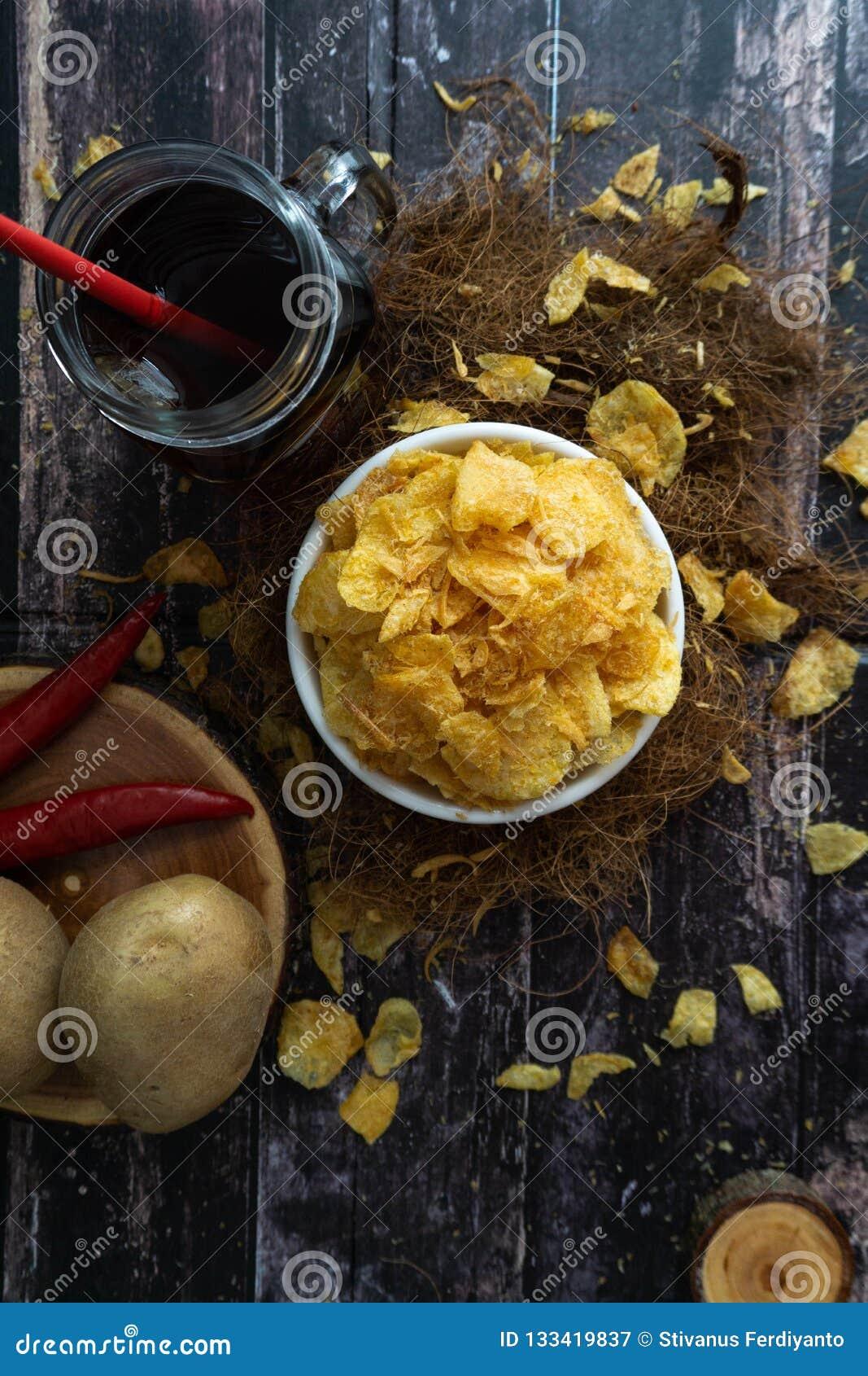 Repas de pomme de terre d Ebi