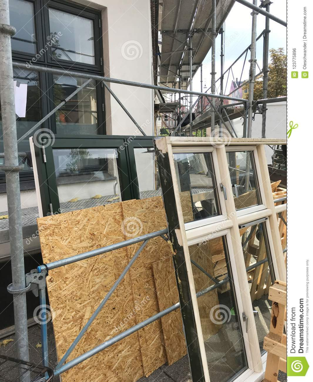 Replacing windows with new ones - building energy efficiency - stock