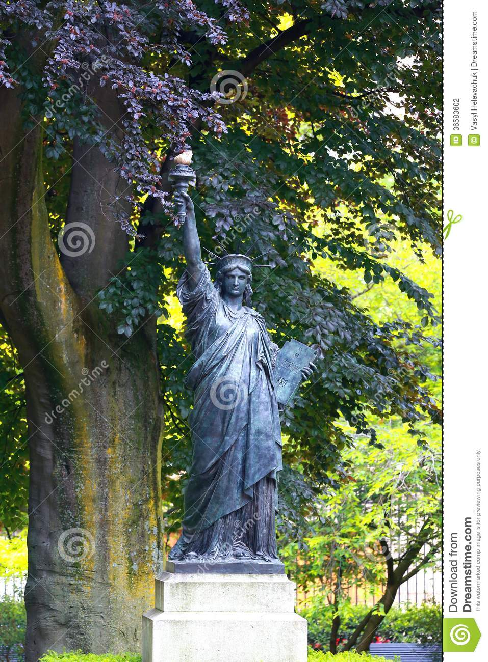 Replica Of Statue Stock Photography Image 36583602