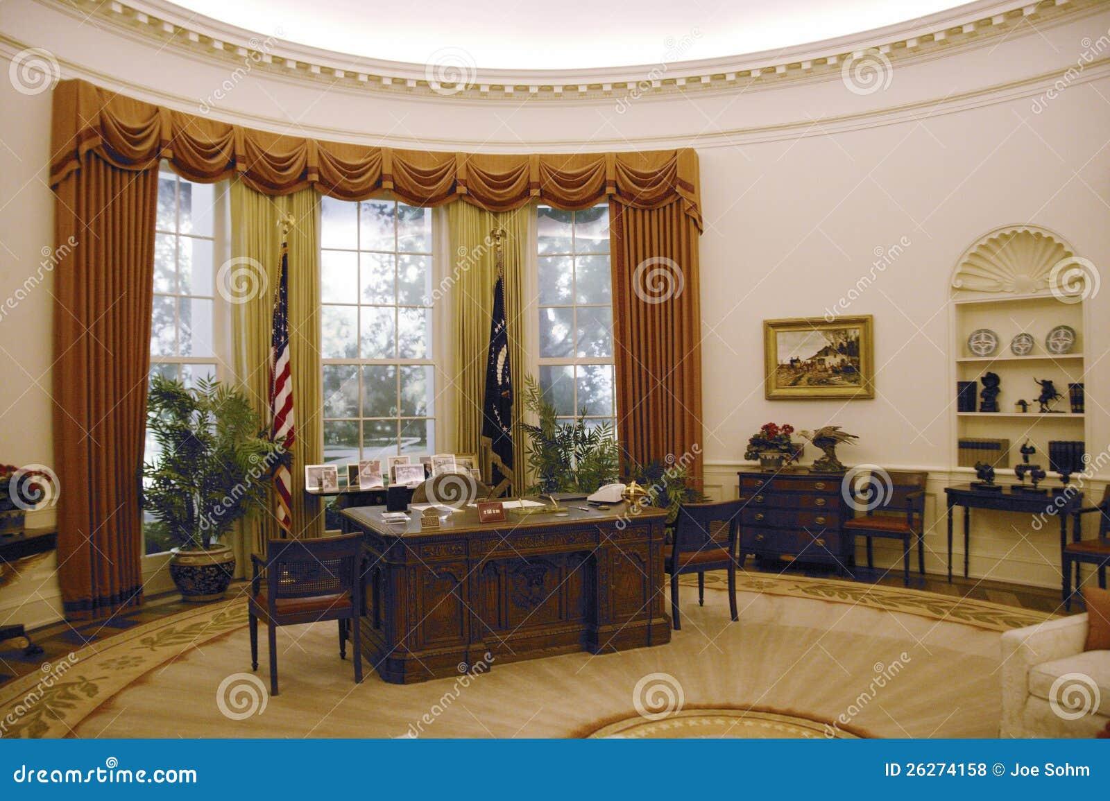 Reproduction du bureau d 39 ovale de la maison blanche photo for Bureau ovale
