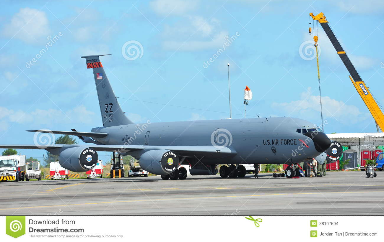Air force refueling aircraft are mistaken
