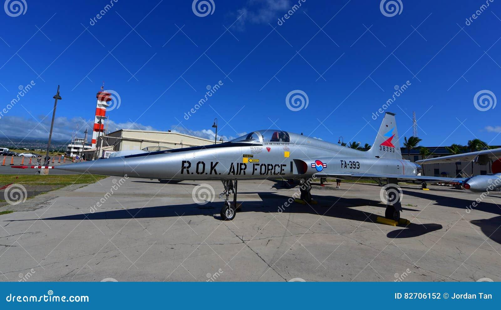Republiek Korea de vechtersstraal van Luchtmachtnorthrop F-5A op vertoning bij Vreedzaam de Luchtvaartmuseum van Parelhabor