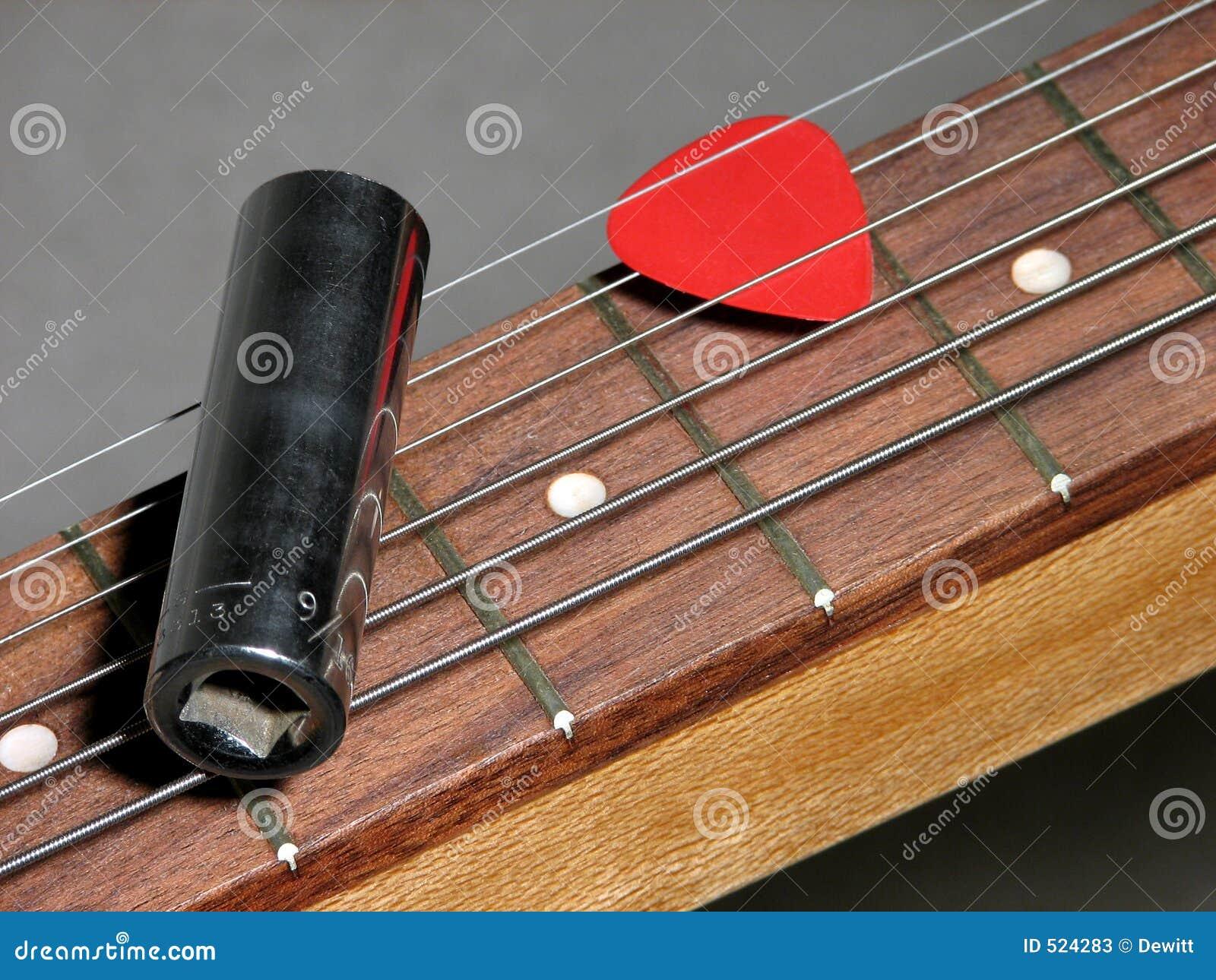 Resbale la guitarra