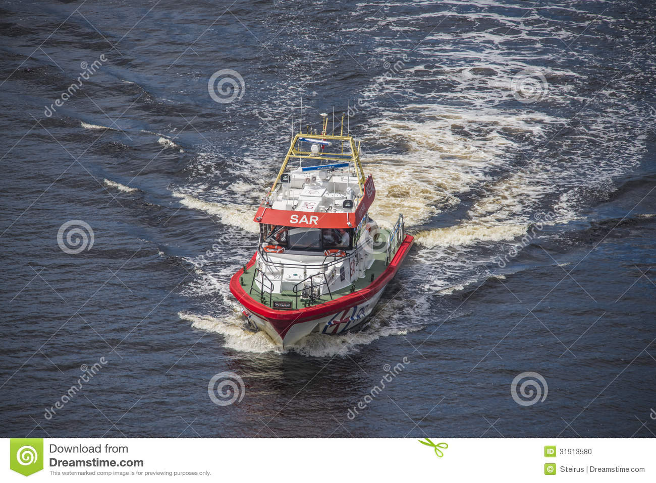 Rescue Boat Rs 142 Horn Flyer Escorts Ms Sja C2 B8kurs With Nrk Through Ringdalsfjord Heading For The Port Of Halden Photo Is Shot From Svinesund Bridge