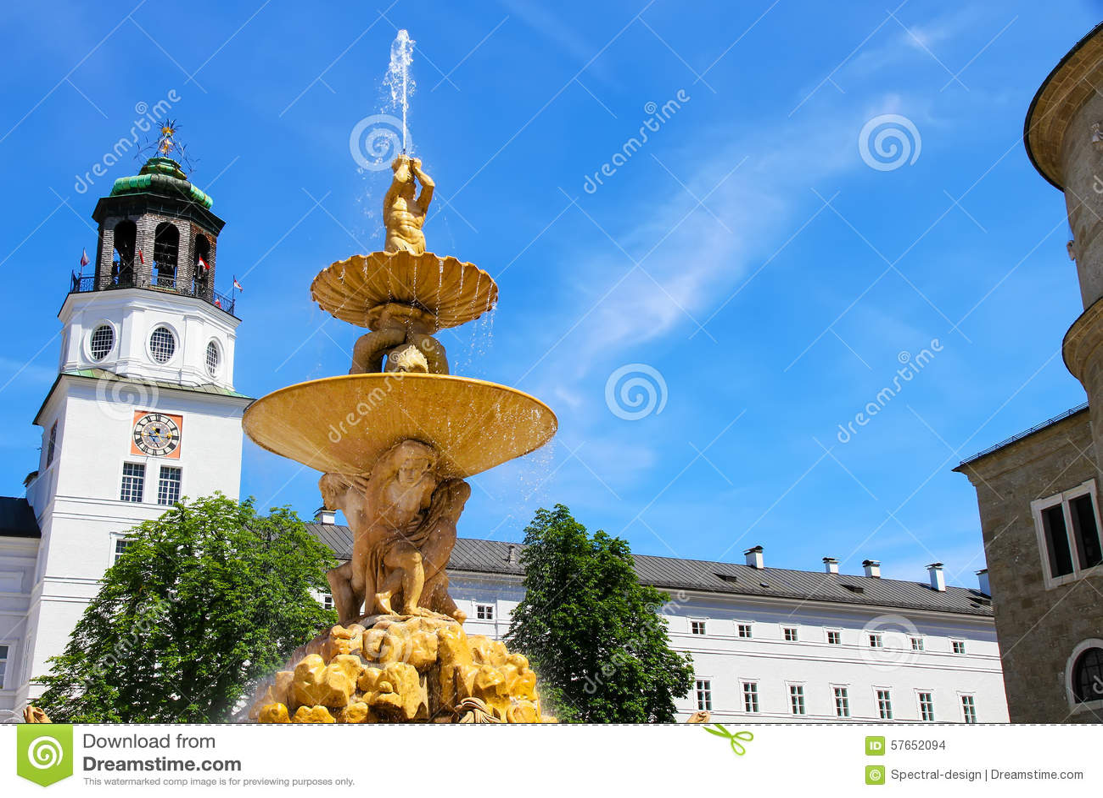 Residenz fontanna w Salzburg