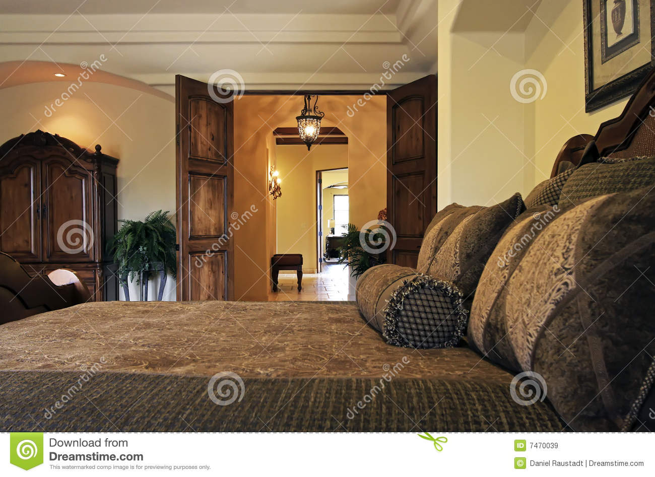 Resort Mansion Bedroom Suite Bed Stock Image Image 7470039