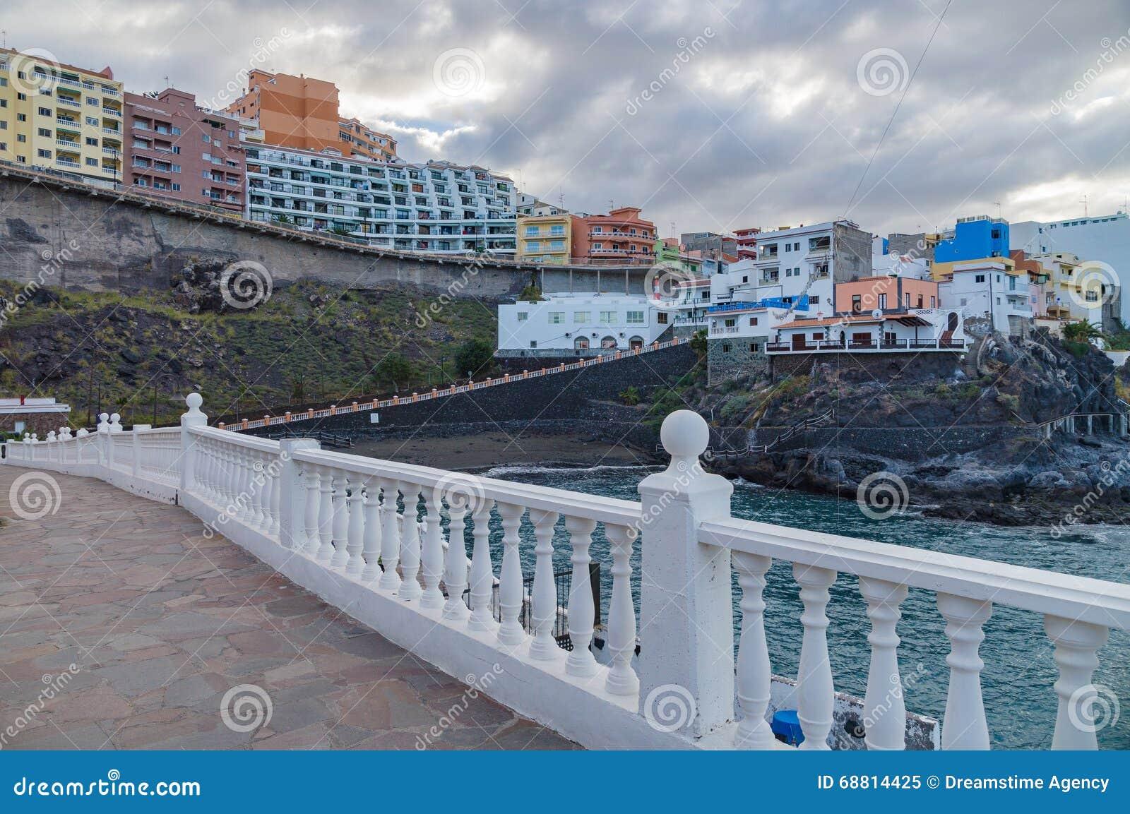 Resort town Puerto de Santiago, Tenerife