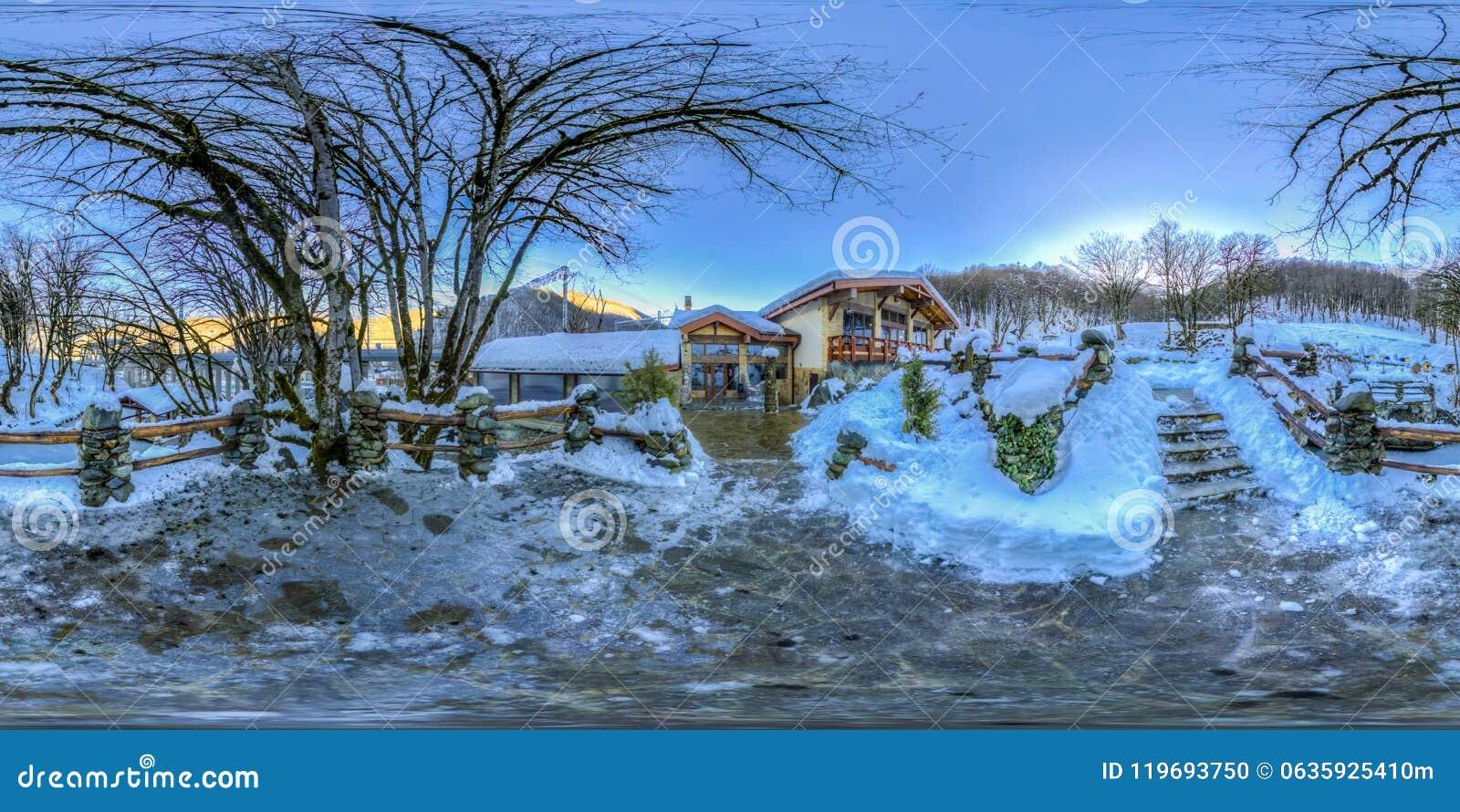 Restaurant dans les montagnes de Sotchi Krasnaya Polyana Rosa Khutor